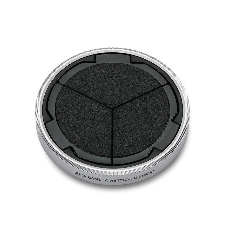 Auto lens cap, silver/black D-Lux