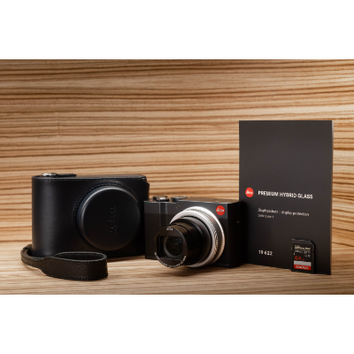 LEICA C-Lux Midnight Blue Complete Kit *Christmas Limited Offer*